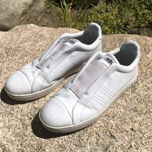 Women's Size 8.5 Adidas Sneakers